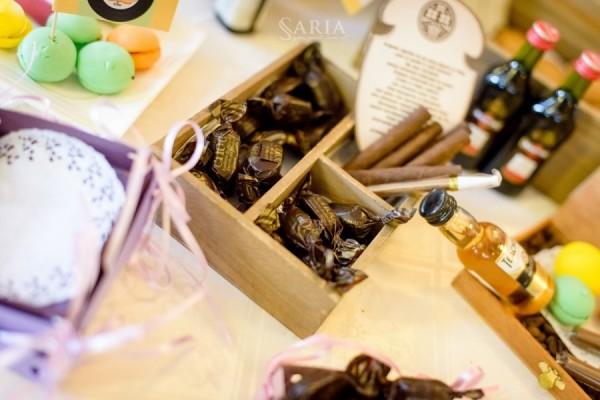 Candy bar-cigar bar (72)