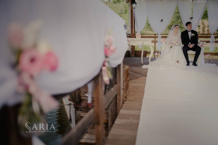 Decoratiuni nunta in aer liber saria aranjamente florale nunti iasi (24)